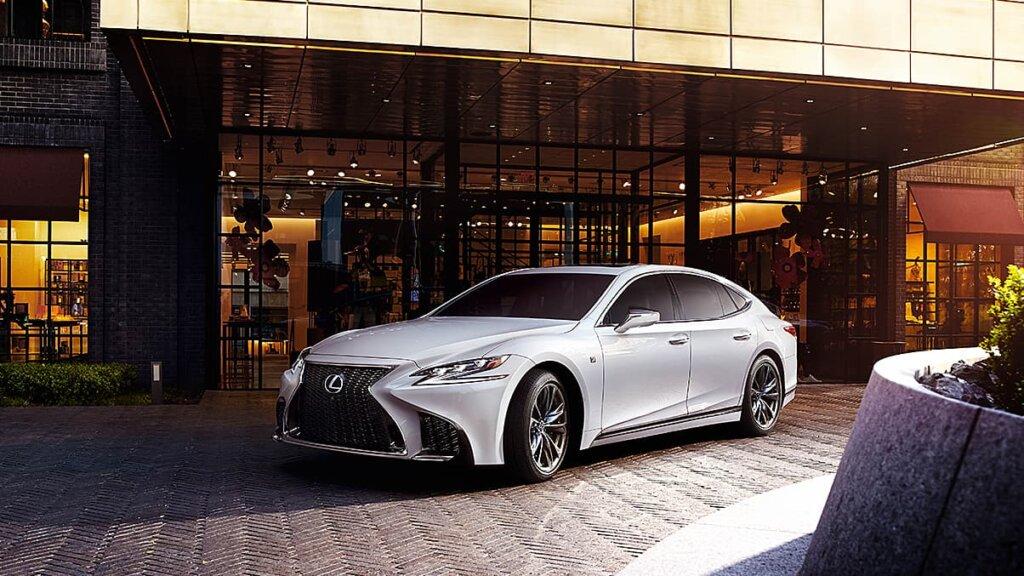 Image of Lexus LS